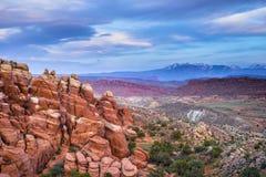 De vurige Oven overziet Bogen Nationaal Park stock fotografie