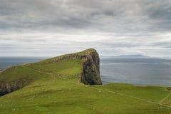 De vuurtoren van het Punt van Neist in Eiland van Skye, Schotland Stock Foto's