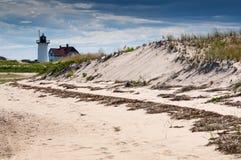 De Vuurtoren van het raspunt op de Nationale Kust van Cape Cod royalty-vrije stock afbeelding