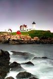 De Vuurtoren van Neddick van de kaap, Maine Stock Fotografie