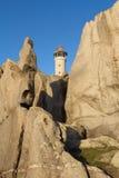De vuurtoren van Puntanariga in de rotsachtige kust van Dood Royalty-vrije Stock Foto's