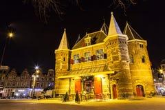 De Waag στην πλατεία Nieuwmarkt στο Άμστερνταμ Στοκ Εικόνες