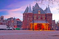 DE Waag Building in Amsterdam Nederland Stock Afbeelding