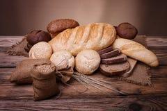 De waaier van baksel op een houten lijst Stock Afbeelding