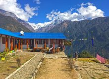 De Waaier van de Bergenannapurna van Himalayagebergte Royalty-vrije Stock Foto's