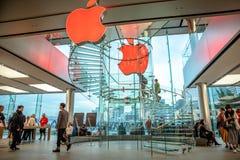De Wandelgalerij van Apple Store IFC Stock Foto