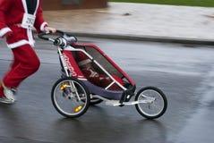De wandelwagenKerstmis van de baby Stock Foto's