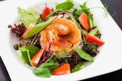 De warme salade van de geitkaas Royalty-vrije Stock Foto