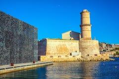 De warme zonnige dag in het Middellandse-Zeegebied stock foto