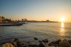 De waterkant van Alicante vroege ochtend royalty-vrije stock foto's