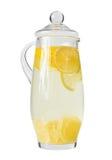 De Waterkruik van de limonade (met het knippen van weg) Stock Afbeeldingen