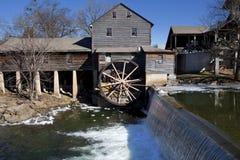 De watermolen in Duif smeedt, Tennessee Royalty-vrije Stock Afbeeldingen