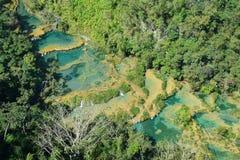De Waterval Lanquin Guatemala van Semucchampey royalty-vrije stock afbeeldingen