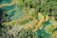 De Waterval Lanquin Guatemala van Semucchampey royalty-vrije stock foto's