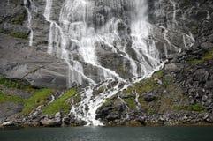 De waterval van de bruidssluier op Geirangerfjord Stock Fotografie