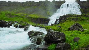 De waterval van Dynjandi in IJsland stock video