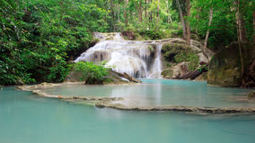 De Waterval van Erawan, Kanchanaburi, Thailand Stock Afbeeldingen