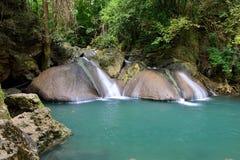 De Waterval van Erawan, Thailand Royalty-vrije Stock Fotografie