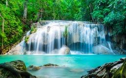 De Waterval van Erawan in Thailand Stock Afbeeldingen