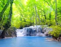 De Waterval van Erawan in Thailand Mooie aard Stock Fotografie