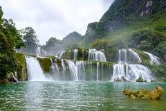 De waterval van Gioc van het verbod in Vietnam royalty-vrije stock foto