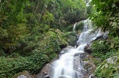 De Waterval van Huaykaew Royalty-vrije Stock Foto's