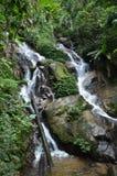 De Waterval van Huaykaew Stock Afbeeldingen