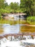 De waterval van Kbalchhay in Khan Prey Nup over 16 kilometers het noorden wordt gevestigd van Sihanoukville die van de binnenstad stock afbeelding