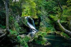 De waterval van La Vaioaga, Roemenië royalty-vrije stock foto's