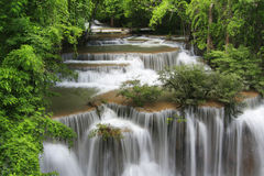 De waterval van Mae Khamin van Huay, Thailand Stock Afbeeldingen