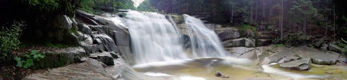 De waterval van Mumlava Royalty-vrije Stock Afbeeldingen