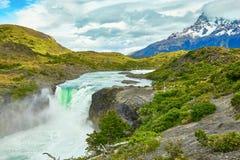 De waterval van Saltogrande in Torres del Paine Royalty-vrije Stock Afbeelding