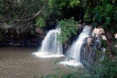 De Waterval van Sridit in het Nationale Park van Tungsalanglung, Thailand Stock Foto's