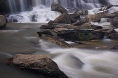De waterval van Ya van Mae, Chiang MAI, Thailand Stock Foto's