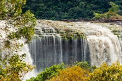 De Watervallen van Canaimagr Sapo, Carrao-rivier Canaima Nationaal Park, BolÃvar-Staat stock foto's