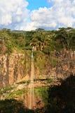 De Watervallen van Chamarel in Mauritius stock afbeeldingen
