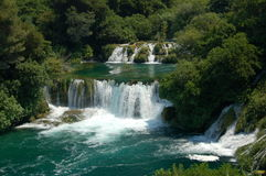 De watervallen van Krka in Kroatië Stock Foto's