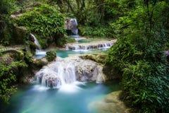 De watervallen van Krushuna Royalty-vrije Stock Afbeeldingen