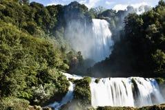 De Watervallen van Marmore Stock Foto's