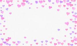 De waterverfachtergrond van hartvormen Romantische Confettienplons Achtergrond met Hartconfettien Dalende rode en roze document h stock foto