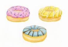 De waterverfhand schilderde zoete en smakelijke die doughnut met room wordt verglaasd en het bestrooien van banketbakkerij Stock Foto