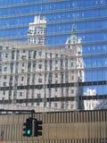 De weerspiegeling van de stad van de bouw royalty-vrije stock foto