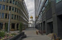De weg aan de tempel. Royalty-vrije Stock Foto's