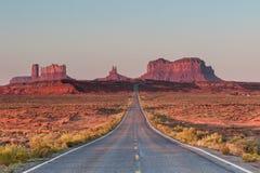 De weg aan de Vallei van het Monument Royalty-vrije Stock Afbeelding