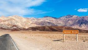 De weg in doodsvallei Stock Foto's