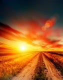 De weg en de hemel van Blured stock foto's