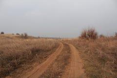 De weg gaat voor een draai Stock Fotografie