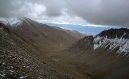 De Weg Ladakh India van de berg royalty-vrije stock afbeelding