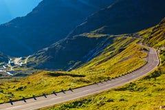 De weg van alpen Royalty-vrije Stock Foto's