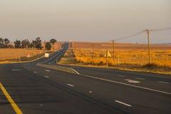 De weg van de asfaltteer in Zuid-Afrika Stock Foto's